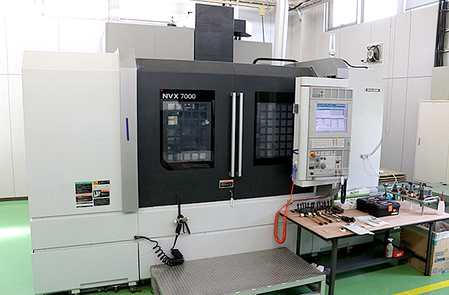 3-Axis Machining Centers NV7000